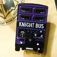 Harry Potter pin Knight Bus - filmspullen.nl